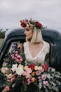 A car full of flowers // Photography: White Ash Photography