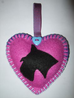 Felt Scottie Dog Heart Hanger £2.99