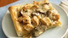 Creamy Chicken Marsala Pizza  Best pizza EVER!!