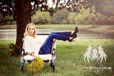 Girls senior portraits in Burleson Tx by Shawnessy Ransom Photography