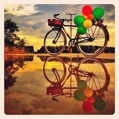 everybody loves balloons