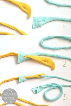 How to Make Beautiful Rag Rug {& DIY T-shirt Yarns!} - A Piece Of Rainbow - - Detailed tutorial on how to make beautiful rag rug with easy DIY t-shirt yarn, & how to weave bohemian rag rugs on a cardboard loom or hula hoop loom! Yarn Crafts, Fabric Crafts, Sewing Crafts, Upcycled Crafts, Fabric Yarn, Rug Yarn, Wood Crafts, Sewing Art, Fleece Crafts