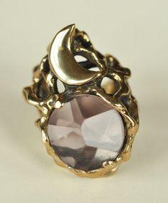 smokey quartz moon ring by maniamania via bona drag