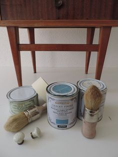 reciclar una mesilla de noche materiales Furniture Painting Techniques, Paint Furniture, Home Decor Furniture, Diy Home Decor, Pintura Patina, Chalky Paint, Chalk Paint Projects, Decoupage Vintage, How To Distress Wood