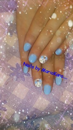 Blue nails with 3D