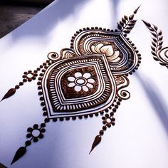Lovely design by Maple Mehndi. Mehndi Tattoo, Mehndi Art, Henna Tattoo Designs, Henna Mehndi, Henna Tattoos, Henna Doodle, Henna Mandala, Henna Kunst, Henna Drawings