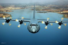 C130 Hercules, South African Air Force, Aircraft Propeller, Battle Rifle, Defence Force, Africans, Aircraft Carrier, Military Aircraft, Airplanes