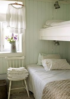 Could be a great sleeping porch look. I Heart Shabby Chic: A Shabby Chic Summer - Interior & exterior Inspiration 2012 Style Cottage, Cottage Living, Farmhouse Style, Cottage Rugs, Cottage Farmhouse, Cozy Cottage, Shabby Chic Bedrooms, Shabby Chic Homes, Home Bedroom