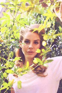 Lana Del Rey early days born to die era photoshoot