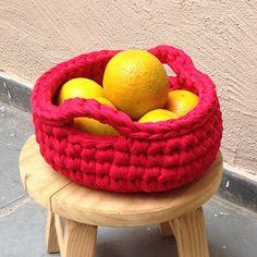 Trapillo   Cesto vermelho com alças - ManüMonuMei