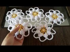 How to Make Crochet Look Like Knitting (the Waistcoat Stitch) - Baho Baba Crochet Flower Tutorial, Crochet Flower Patterns, Crochet Blanket Patterns, Crochet Flowers, Knitting Patterns, Gilet Crochet, Crochet Motifs, Crochet Doilies, Crochet Stitches