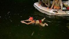 Una niña de 14 años nada 51 kilómetros sola en aguas abiertas