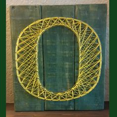 U of O String Art Sign.  University of Oregon, #Ducks #AngelaDawnDesigns