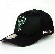 on sale ed6c1 c8fda Mitchell  amp  Ness Snapback 110 Flexfit Basecap Milwaukee Bucks NBA  Basketball