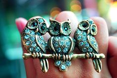 obsessed with this triplet owl ring!
