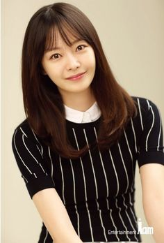 Actress Jeon So-min is starring in 'Something About - Jeon So-min is starring in the remake comedy as Kim Da-hyeon. Asian Actors, Korean Actresses, Korean Actors, Actors & Actresses, Jun So Min, Something About 1, Ha Suk Jin, Running Man Korean, Korean Entertainment News