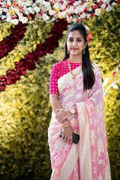 Sari Blouse Designs, Blouse Patterns, Saree Styles, Blouse Styles, Saree Dress, Saree Blouse, Wedding Saree Collection, Simple Sarees, Casual Saree