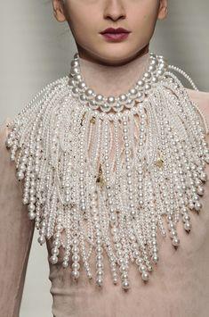 Frankie Morello Pearl Necklace