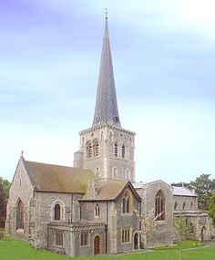 Mary's Church, Old Town, Hemel Hempstead - this is where rehearsal's are with Sambuka (the samba band I'm in) Great Places, Places Ive Been, Hemel Hempstead, Great Memories, Old Town, England, Cathedrals, Samba, House Styles