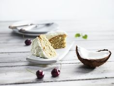 Free-From Coconut Cake with Sukrin Cake Mix The smarter difference: Half the calories, 80% fewer carbs and half the fat of regular coconut cake Serves: 10 - Time to prepare: 10 min. Time to cook: 30 min Preparation: Easy Free From: Sugar, Gluten, Wheat, and Egg if egg replacer is used. Suitable for Diets: Diabetics and Coeliacs Suitable for Lifestyles: Low carb, Sugar free, Vegetarian, Vegan, Low fat. Allergens (Contains): Sesame. Beneficial Nutrition: Low-Carb, Sugar-Free and Gluten-Free…