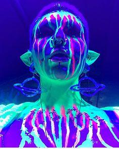 Cyberdog.net - Futuristic fashion, clubwear, rave t-shirts & clothing Edm Festival, Festival Outfits, Festival Fashion, Music Festival Makeup, Future Love, 31 Days Of Halloween, Cyberpunk 2077, Cybergoth, Rave Outfits