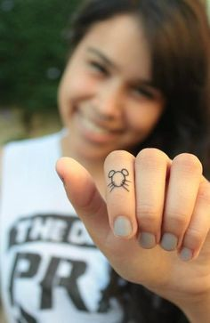 Awww how cute this would be awesome for me right now that I don't want a tattoo