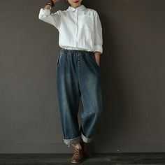 Vintage Cowboy Jeans Pants Women Trousers*Care: hand wash or machine wash gentle, best to lay flat to dry. Maxi Outfits, Casual Outfits, Women's Casual, Trousers Women, Pants For Women, Ripped Boyfriend Jeans, Ripped Jeans, Look 2018, Long Sweater Dress