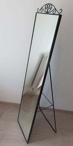 Price: 40 CHF. Large mirror from IKEA (see link for details)