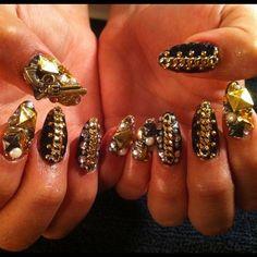 Crazy GaGa-esque Manicure #nails