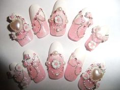 Hime gyaru pink glitter nails with bows and roses full false/fake 3D nail Japanese lolita kawaii.