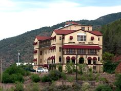Deadliest Hotels and Hospitals - Ghost Adventures - TravelChannel.com