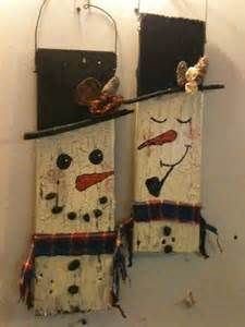 Christmas Wood Crafts to Sell Pallets Snowman Crafts, Crafts To Sell, Holiday Crafts, Diy And Crafts, Sell Diy, Christmas Wood, Christmas Snowman, Christmas Projects, Christmas Ornaments