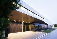 Rescue Centre Simmering, Vienna by Söhne & Partner architects