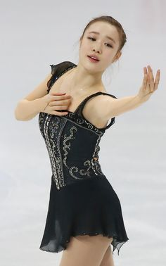 So-Yeon Park - balletic lines, so graceful on ice.