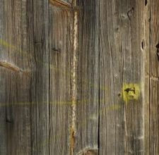 How to Age Wood to Look Weathered & Cracked