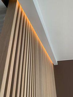 Spilevegg: Slik bygger du den selv - Byggmakker Interior Design Renderings, Modern Interior Design, Interior Design Living Room, Interior Styling, Interior Decorating, Küchen Design, House Design, House Staircase, Luxury Modern Homes