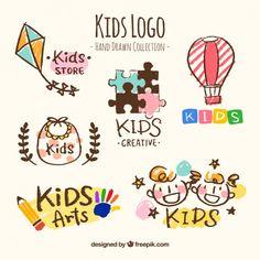 coleção desenhado mão de seis logotipos dos miúdos Vetor grátis