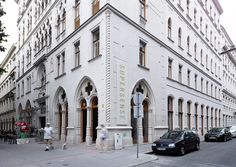 Supersense The Guardian, Vienna, Austria, Street View, City, Restaurants, Beautiful, House, Cities