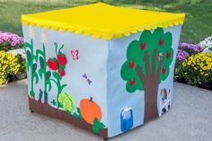 This card table playhouse is in progress and will ship in plenty of time for Christmas.  This playhouse fits a 34 card table. Please be sure to measure your table carefully. These houses are much cuter when they fit your table exactly.  This playhouse has the FELT SIGNS shown in the first two photos in this listing. The printed signs (on the side with the window) are no longer available and have been replaced by the felt Fresh Produce and Closed signs.  This playhouse includes the following…