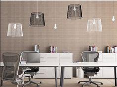 """""""Home office contemporâneo e despojado , destaque para o jogo de luminárias que deixou o ambiente divertido e atraente .... #inspiracaododia #love #details…"""""""