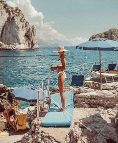 capri You are in the right place about Lifestyle girl Here we offer you the most beautiful pictures about the fitness Lifestyle you are looking for. When you examine the capri part of Places To Travel, Travel Destinations, Places To Go, Summer Vibes, Summer Sun, Capri Italia, Couple Travel, Nice Ville, Single Travel