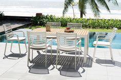 Σετ φαγητού από ScanCom International . #Portals: ▫️Carver easy chair ▫️Rectangle table 161X95 with cushions placed
