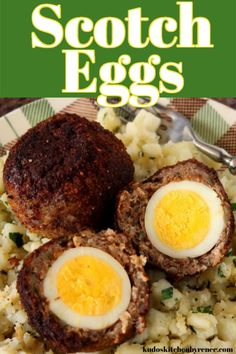 Easy Scotch Eggs with Pork Sausage and Thyme Recipe Scotch eggs are perfectly cooked hard-boiled eggs surrounded by pork sausage which is pan-fried for a crunchy outside and a soft center. Healthy Egg Recipes, Great Recipes, Easy Recipes, Homemade Scotch Eggs, Most Nutrient Dense Foods, Picnic Snacks, Cooking Hard Boiled Eggs, Thyme Recipes