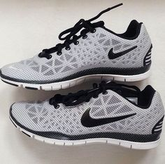Nike shoes Nike roshe Nike Air Max Nike free run Nike USD. Nike Nike Nike love love love~~~want want want! Nike Shoes Cheap, Nike Free Shoes, Cheap Nike, Oxfords, Nike Air Max, Cute Gym Outfits, Casual Outfits, Baskets, Tenis Casual