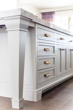 Traditional White Kitchen Design With Alice Lane | Hanover Avenue