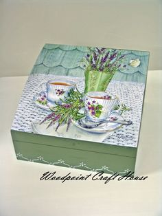 Decoupage Vintage, Decoupage Art, Painted Wooden Boxes, Hand Painted, Shabby, Decopatch Ideas, Home Crafts, Diy And Crafts, Altered Cigar Boxes