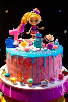 Terrific Photos Lara's Shopkins Birthday Party Bolo Shopkins, Fete Shopkins, Shopkins Birthday Cake, 6th Birthday Cakes, Birthday Cake Girls, Birthday Fun, Birthday Parties, Birthday Ideas, Pastel Shopkins