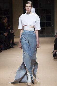 Esteban Cortazar Fall 2016 Ready-to-Wear Fashion Show