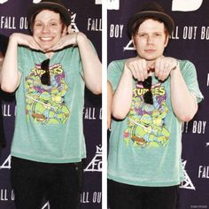 Yeah, this is the hardcore punk lead singer Patrick Stump, and, yeah, I'm not fooling anyone am I Fall Out Boy, Emo Bands, Music Bands, Patrick Stump, Patrick Martin, Soul Punk, Pete Wentz, Band Memes, My Chemical Romance