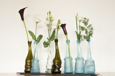 Bettina Schori makes these sustainable vase; they are all made of used glass bottles. Glass Bottles, Glass Vase, Eco Label, New Nordic, World Of Interiors, Nordic Design, Recycled Materials, Home Textile, Scandinavian